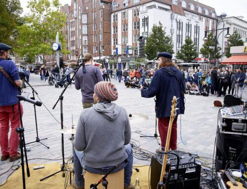 Nachschau: KUNST!-Projekt – Straßenmusik in Rostock